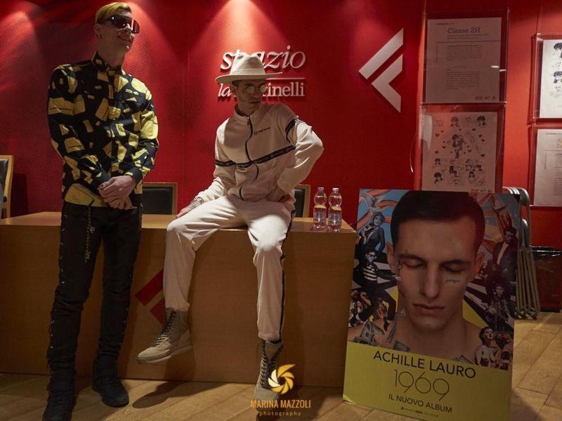13 aprile 2019 - La Feltrinelli - Genova - Achille Lauro (firmacopie)
