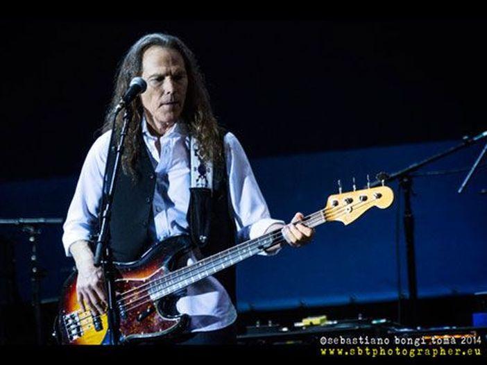 """Timothy B. Schmit sui prossimi concerti degli Eagles senza Glenn Frey: """"La vita continua"""""""