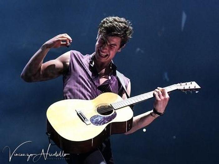 """Shawn Mendes: """"L'ansia mi aiuta a scrivere buona musica"""""""