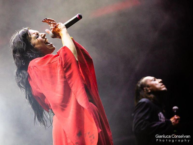 25 giugno 2019 - Sherwood Festival - Padova - Lacuna Coil in concerto