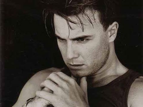 Classifiche UK, gloria per Gary Barlow con doppio numero 1