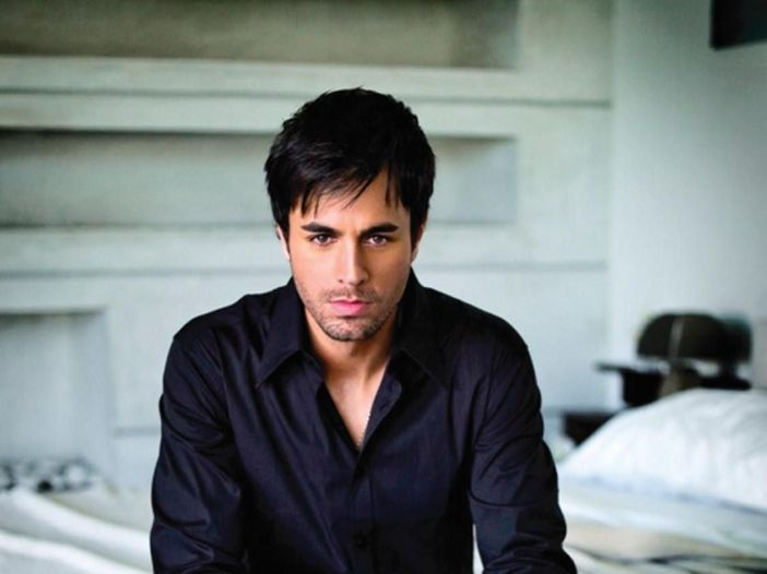 Prossime classifiche UK: Enrique Iglesias al posto di 'My sweet Lord'