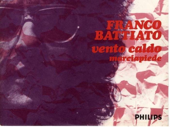 """Franco Battiato a 45 giri: """"Vento caldo"""" / """"Marciapiede"""" (1971)"""
