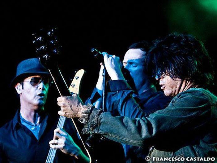 Concerti, Stone Temple Pilots: tour USA sospeso, Weiland in disintossicazione