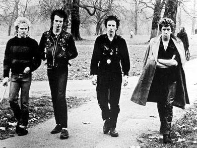 """Steve Jones (Sex Pistols), esce l'autobiografia """"Lonely boy"""" - COPERTINA"""