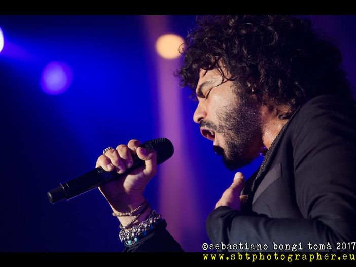 Francesco Renga aggiunge un concerto al suo tour