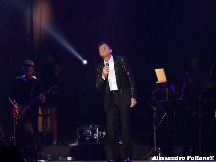 Gianni Morandi: ha preso il via il suo 'd'Amore d'autore tour' – FOTO / VIDEO