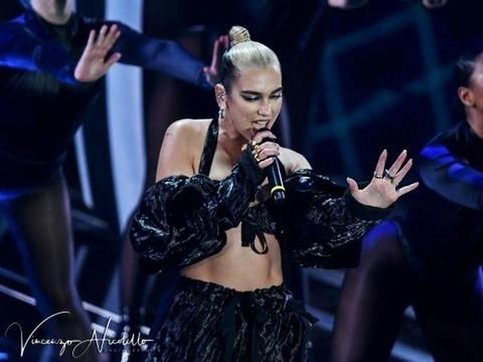 Dua Lipa, guarda il video del nuovo singolo 'We're good'