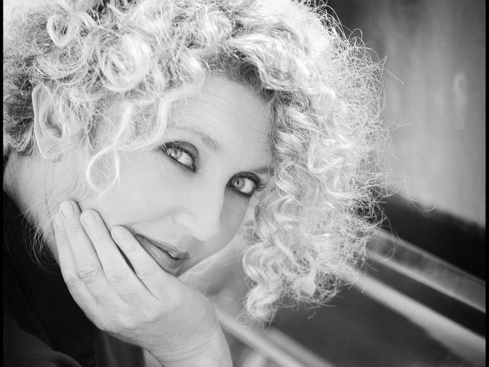 Rossana Casale: 'La mia ritrovata voglia di cantare in 'Riflessi''