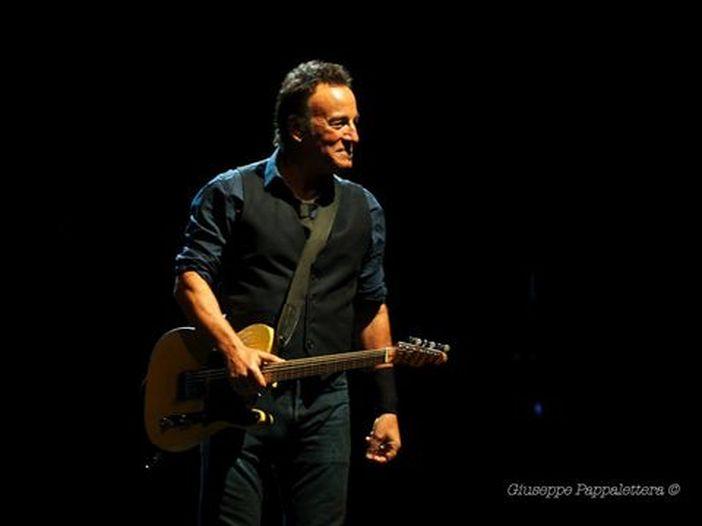 Bruce Springsteen: autobiografia in stand-by, un disco country nel cassetto