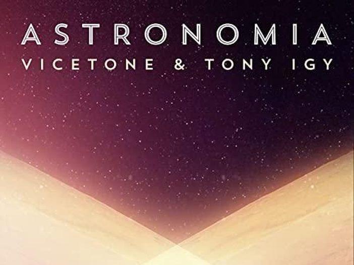 Chi sono i Vicetone, il duo del remix di 'Astronomia' di Tony Igy