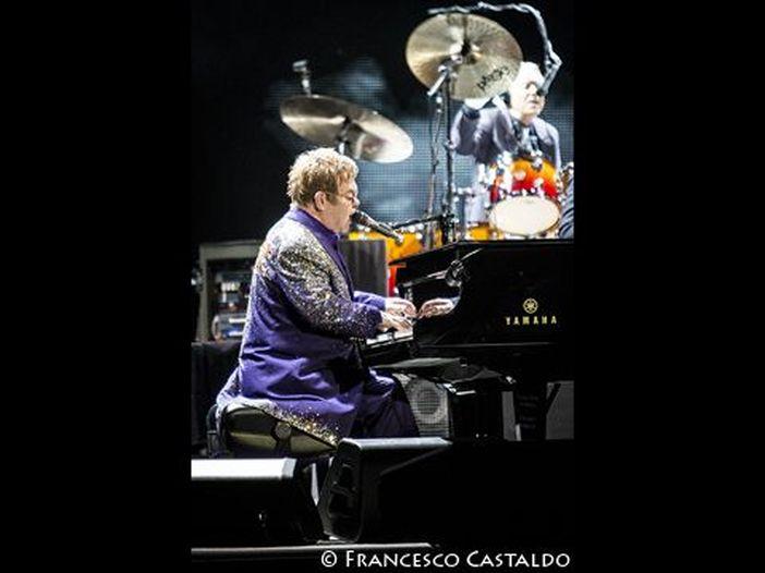 Elton John: 'Sono fortunato ad essere ancora vivo'
