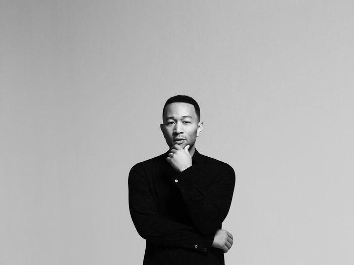 John Legend presenta 'Love in the future'- la videointervista
