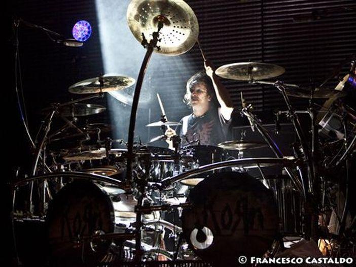 La EMI/Virgin vuole i Korn: per loro un contratto alla Robbie Williams