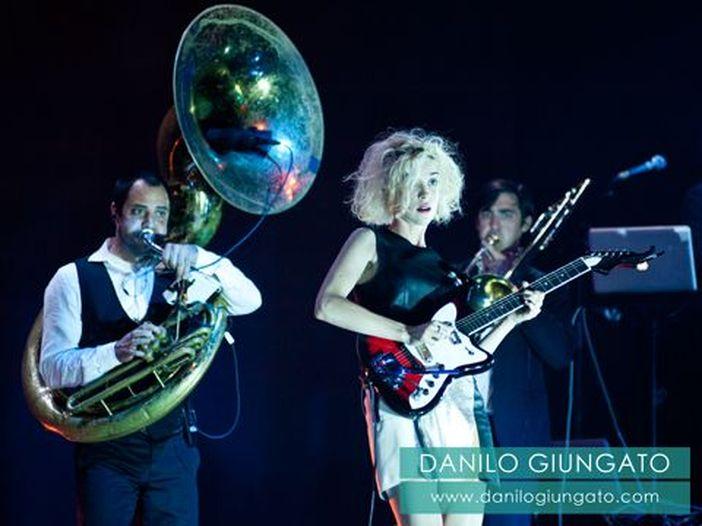 David Byrne & St Vincent: EP in download gratuito con l'inedito 'Cissus'