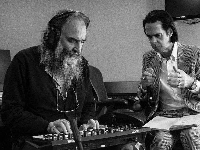 Nick Cave ha trasformato i Red Hand Files in un 45 giri