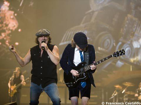 AC/DC, il comunicato ufficiale: 'Avanti senza Malcolm Young'