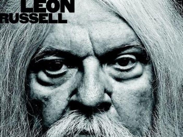 Leon Russell, il rocker dietro le quinte di grandi successi