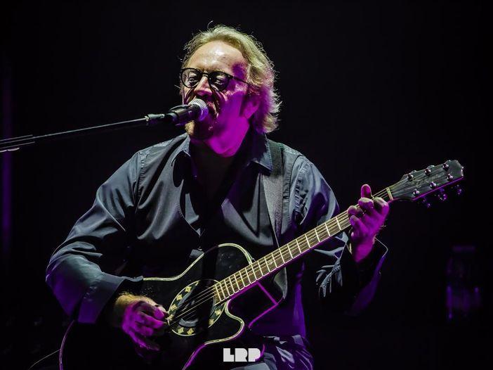 Umberto Tozzi, 'The Best Of': i grandi successi più quattro brani live in cd e doppio vinile – COPERTINA / TRACKLIST