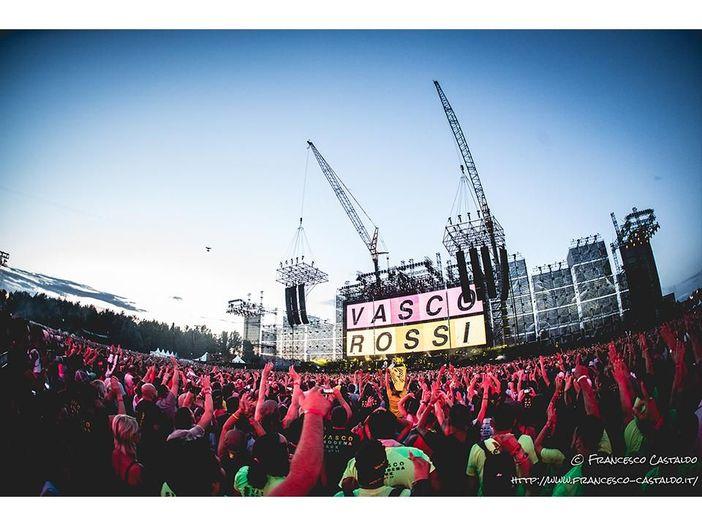 Vasco Rossi, il video integrale dell'apertura di 'Modena Park' - GUARDA
