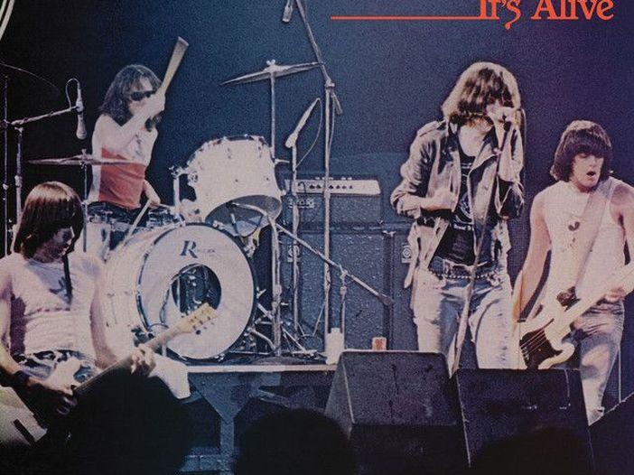 Accadde nel rock, oggi 15 settembre: Ramones, Stefano Rosso, Rick Wright, Ric Ocasek