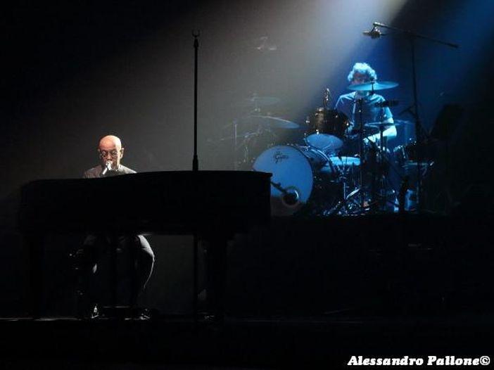 """Enrico Ruggeri: esce l'album """"Alma"""", anticipato dal singolo """"Come lacrime nella pioggia"""". Poi il tour - CALENDARIO/BIGLIETTI"""