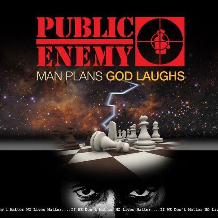 https://a6p8a2b3.stackpathcdn.com/3Q9WAGBbQwdX-wl4GzVSvvUvgHQ=/700x0/smart/rockol-img/img/foto/upload/man-plans-god-laughs-public-enemy-2015-vinile-lp2.jpg