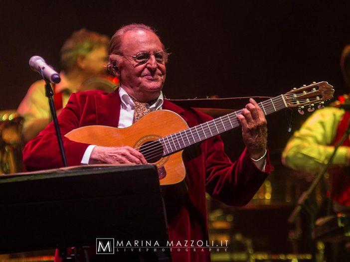 Renzo Arbore, cantautore da grande