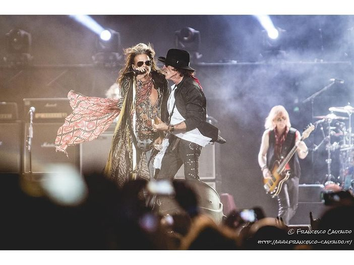 Aerosmith, Steven Tyler sta male: cancellate le date del tour sudamericano