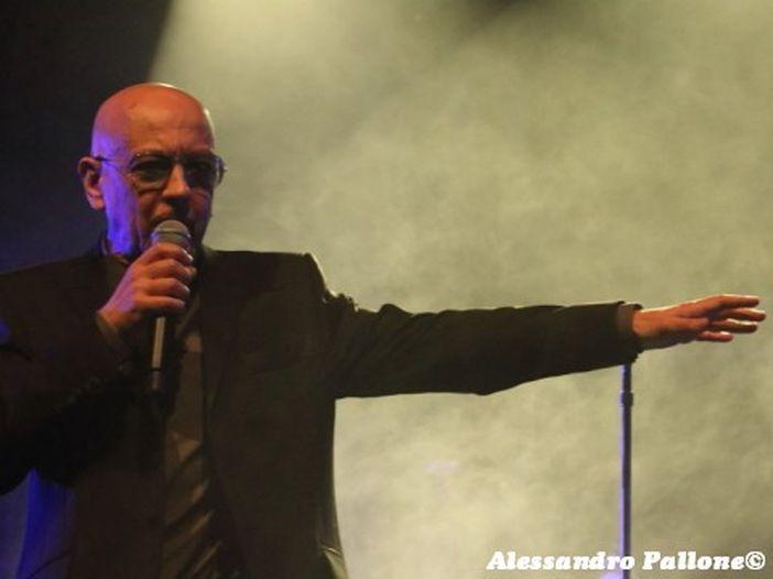 Enrico Ruggeri, il primo singolo 'Centri commerciali' dal nuovo album 'Pezzi di vita' esce il 27 marzo