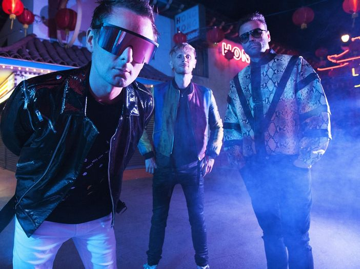 Muse: guarda i videoclip di 'Algorithm', 'Break It To Me' e 'Blockades'