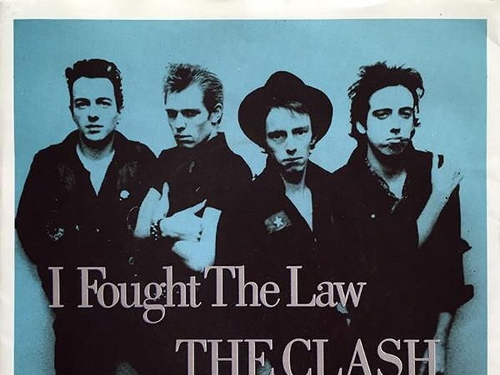"""Covers story: """"I fought the law"""" dei Clash"""