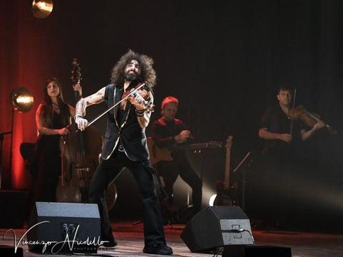 Chi è Ara Malikian, il violinista oggi sul palco del Concerto del Primo Maggio a Roma