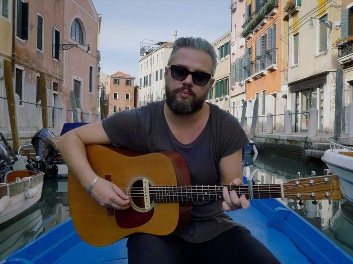 Indiemood sessions: Mèsico nei canali di Venezia - VIDEO