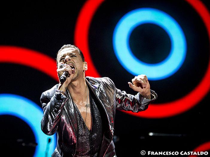 Concerti, Depeche Mode dal vivo in Italia a Roma, Milano e Bologna a fine giugno: i giorni e gli orari delle prevendite dei biglietti