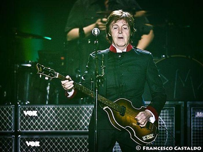 Paul McCartney: 78 anni… suonati!