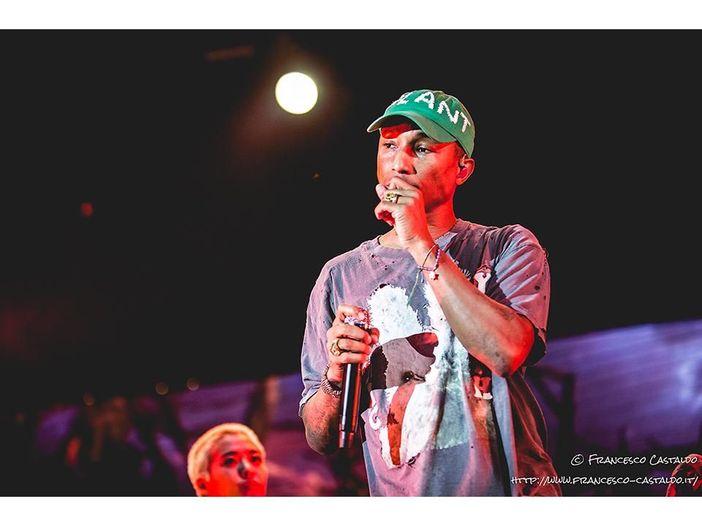 "Pharrell Williams, ascolta la nuova ""The Black Godfather"""
