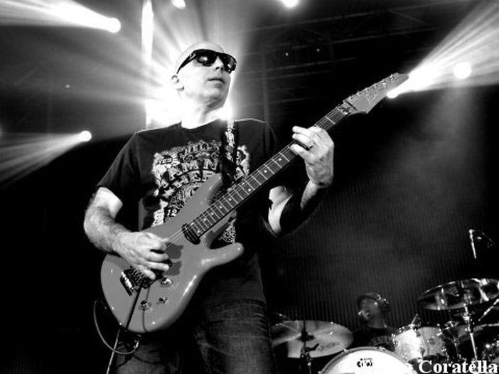 Concerti, con Rockol gratis a vedere Joe Satriani: ecco come fare