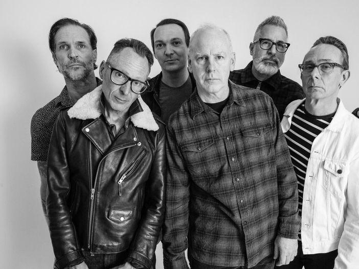"""I Bad Religion celebrano 40 anni di musica con """"Decades"""", una serie di live streaming"""