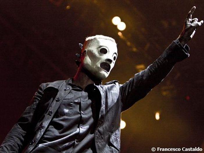 Corey Taylor (Slipknot) omaggia Chris Cornell con una cover di 'Getaway car' degli Audioslave