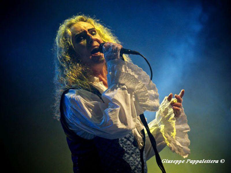 24 maggio 2014 - Teatro Verdi - Pordenone - Steve Hackett in concerto