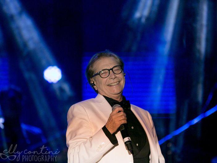 Nino D'Angelo: un concerto speciale per i suoi 60 anni