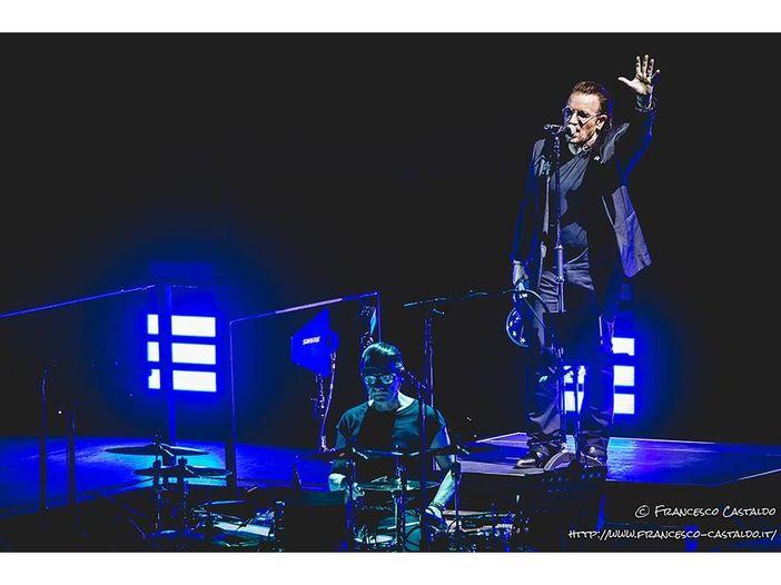 """U2 a Milano, il video di Gloria: """"Grazie per quattro concerti fantastici"""". Bono cita Salvini durante il concerto"""