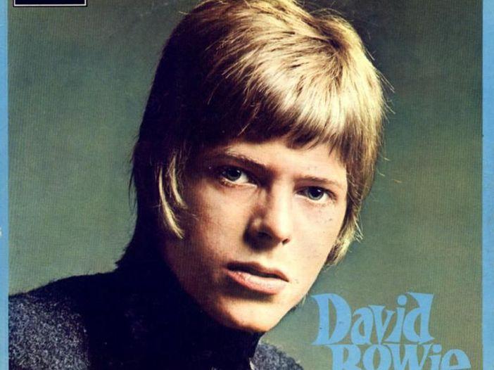 David Bowie, all'asta una ciocca di capelli: il prezzo è...