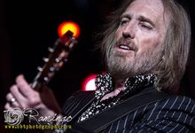 Tom Petty: ascolta l'inedito 'There Goes Angela (Dream Away)'