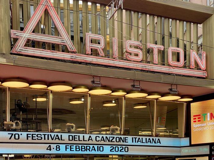 Sanremo 2021, il coronavirus spinge Rai e Comune a cercare soluzioni alternative