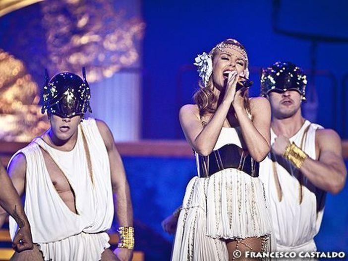 Kylie Minogue a Londra ha denunciato un uomo per molestie