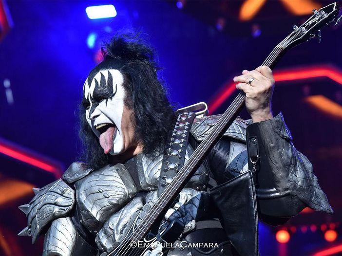 """Kiss, Gene Simmons contro gli ex componenti: """"Continuano a fare scelte pessime"""""""
