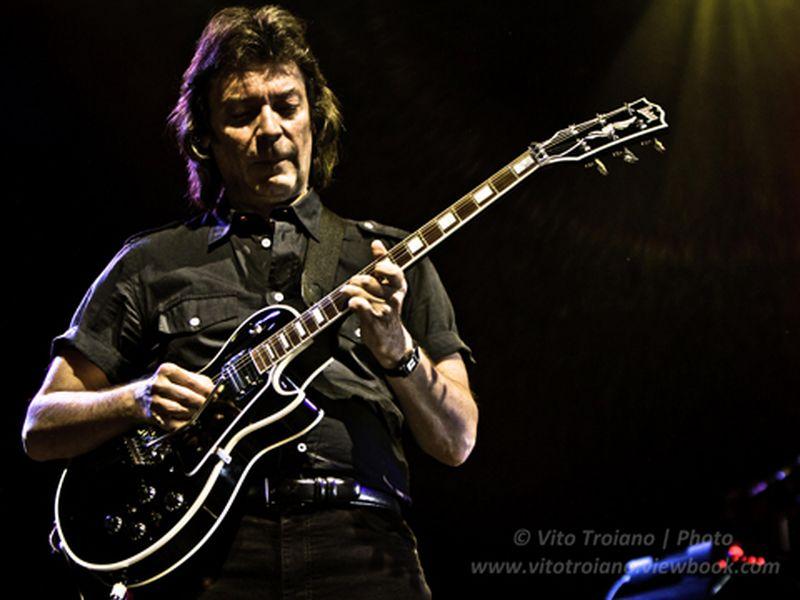 12 Maggio 2011 - Estragon - Bologna - Steve Hackett in concerto