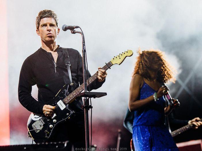 Noel Gallagher: 'Le cantanti donne americane vittime di iper sessualizzazione'